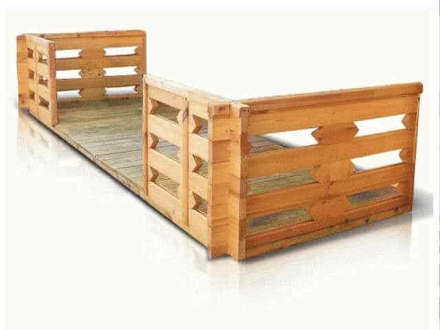 Casette in legno casette di legno da giardino for Garage con veranda